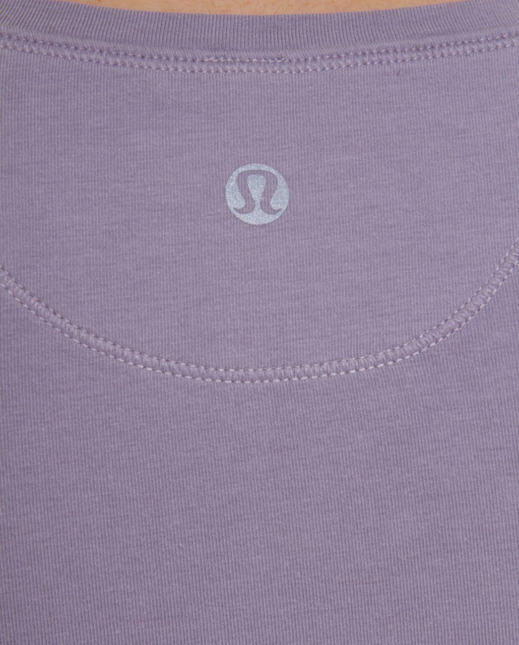 Lululemon Lively Crewneck Tee *Vitasea - Lavender Grey Dip Dye /  Magnum