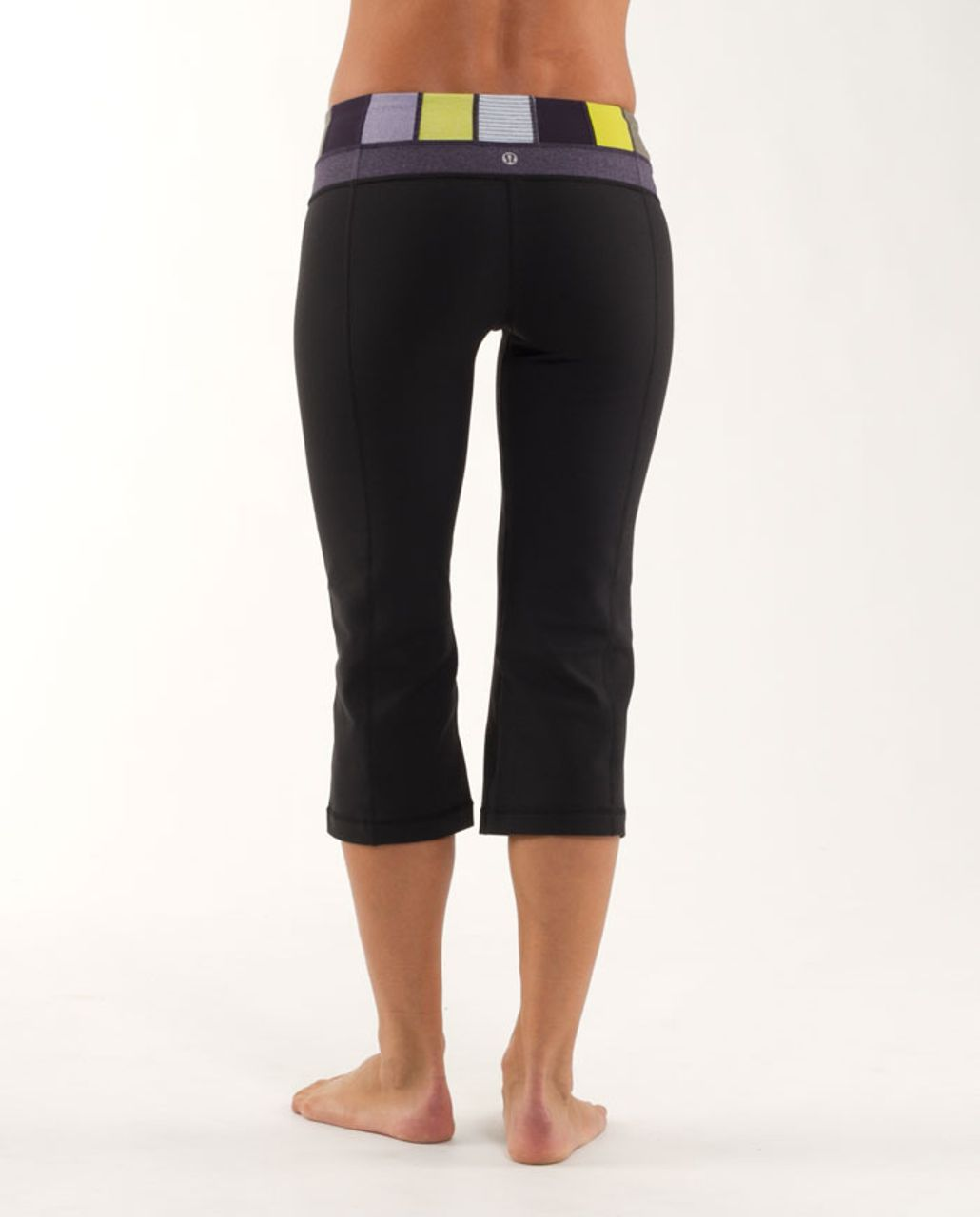 Lululemon Groove Crop - Black /  Quilting Winter 1 /  Black Swan Heathered Black Herringbone