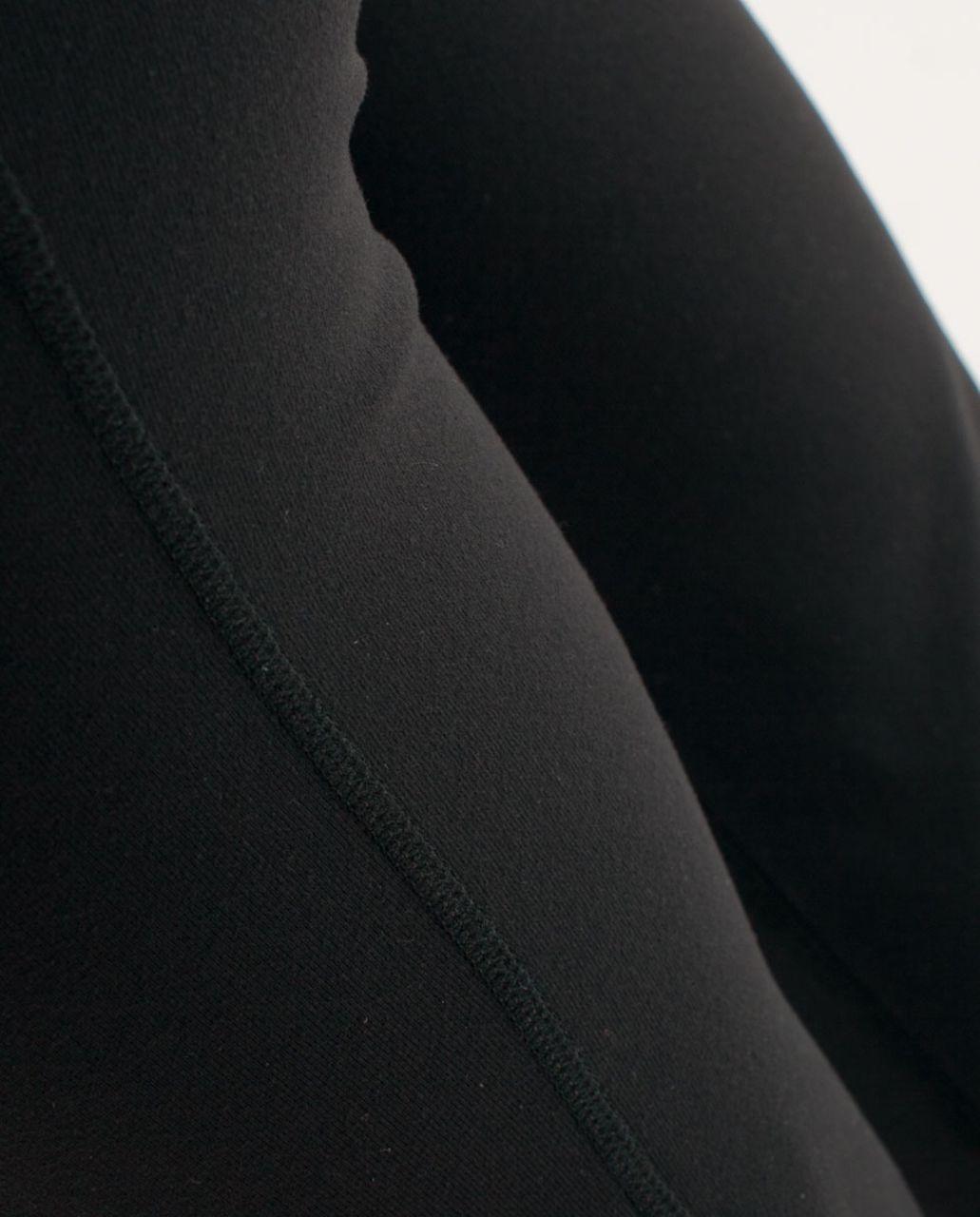 Lululemon Groove Crop - Black /  Quilt 18