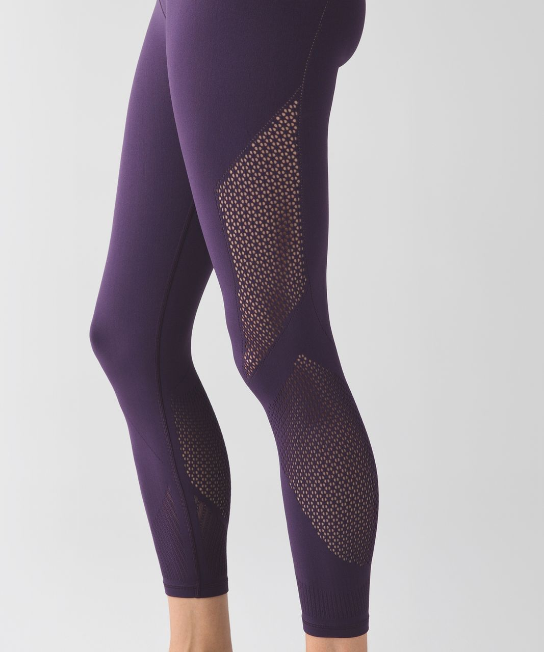 Lululemon Enlighten Tight Contour - Deep Zinfandel