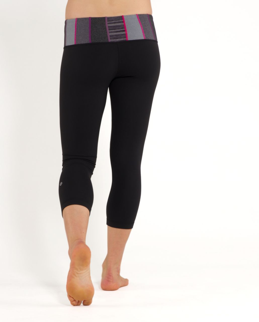 Lululemon Wunder Under Crop - Black /  Quilt 29