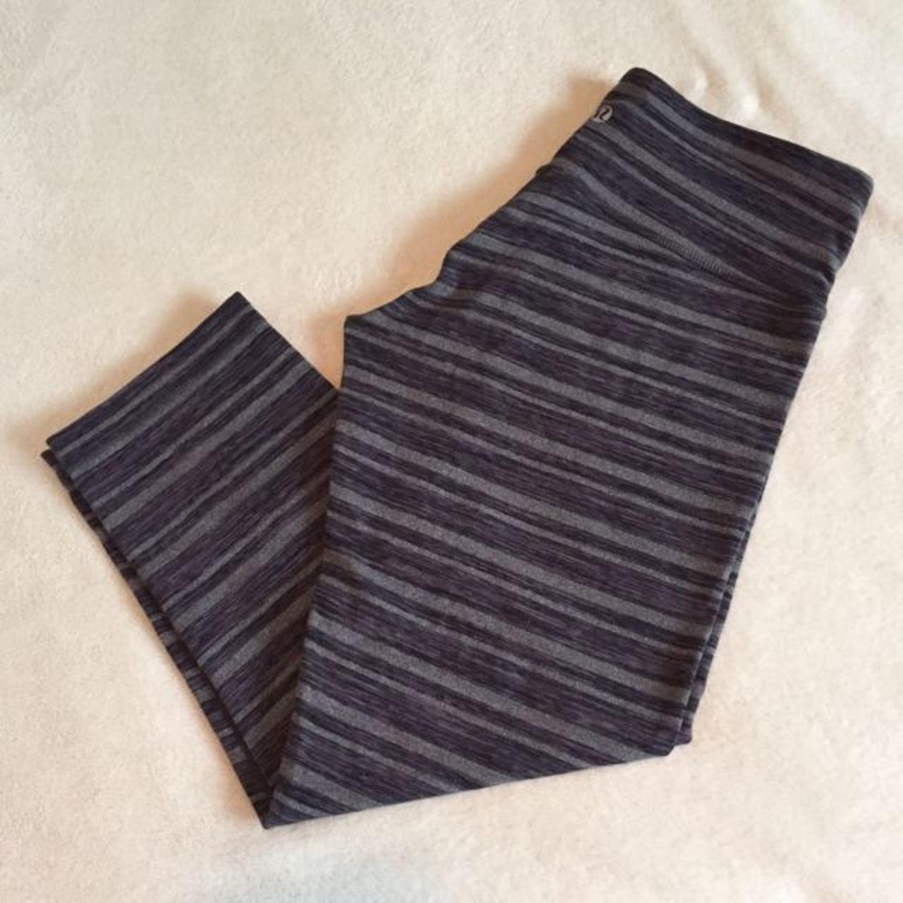Lululemon Wunder Under Crop - Black Stripes Galore /  Black