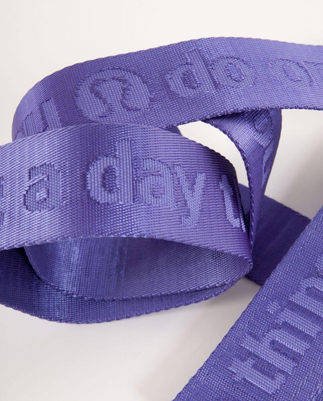 Lululemon No-Brainer Mat Strap - Persian Purple