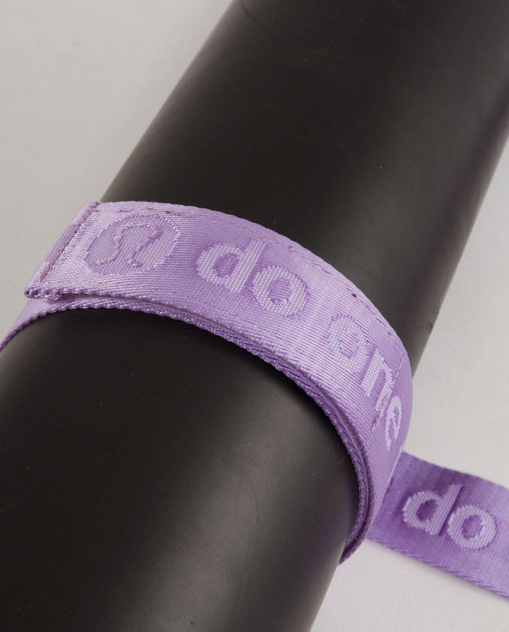 Lululemon No-Brainer Mat Strap - Lilac