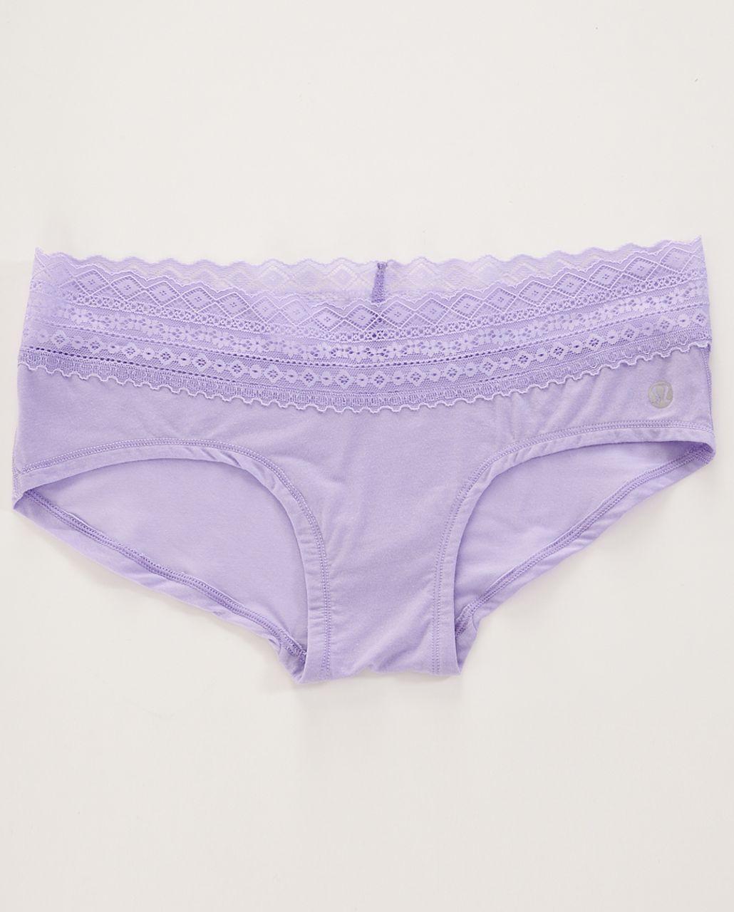 Lululemon Foxy Lulu Hotshort - Lilac