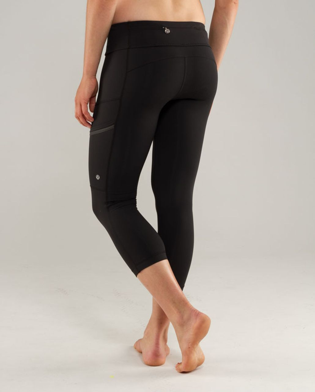 f7f6ac227c196 Lululemon Run: Your Heart Out Crop - Black - lulu fanatics