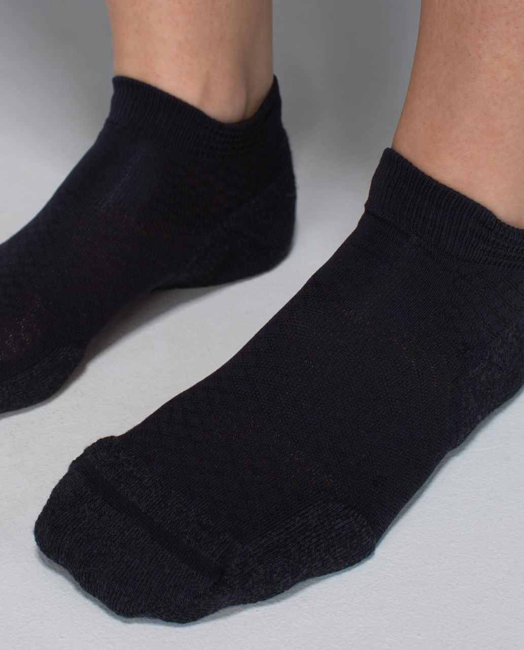 Lululemon Women's Ultimate Padded Run Sock - Black