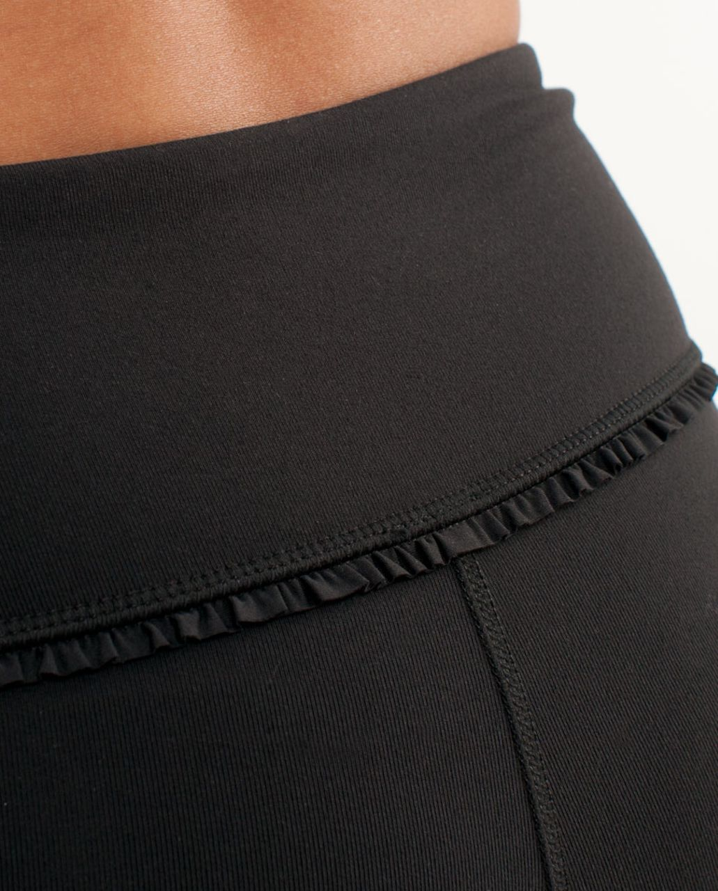 Lululemon Boogie Short *Ruffle - Black