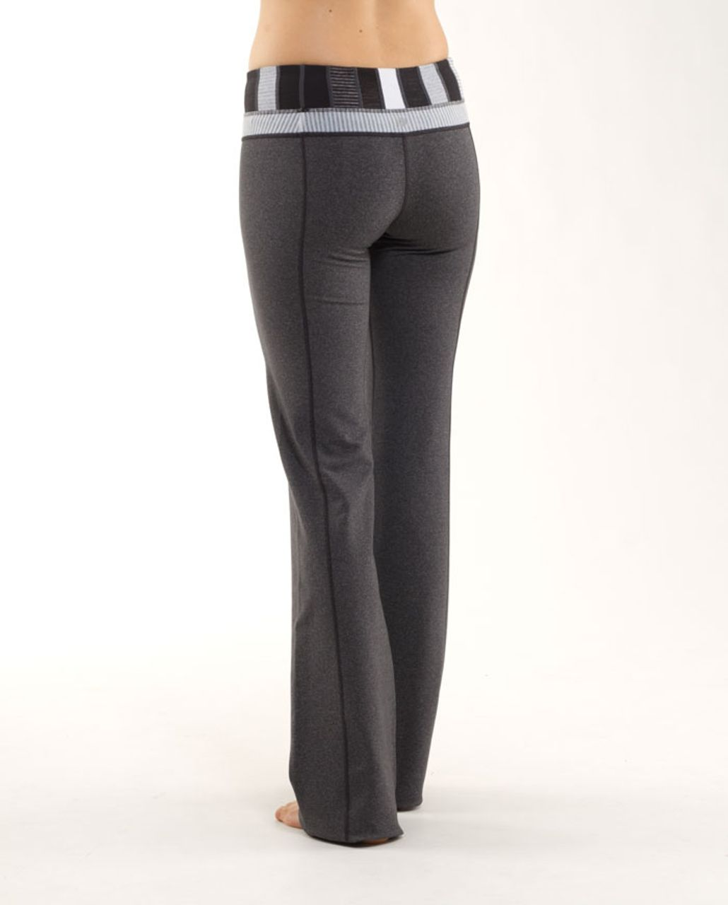 Lululemon Groove Pant (Regular) - Heathered Deep Coal /  Quilting Winter 4 /  White Heathered Blurred Grey Mini Check