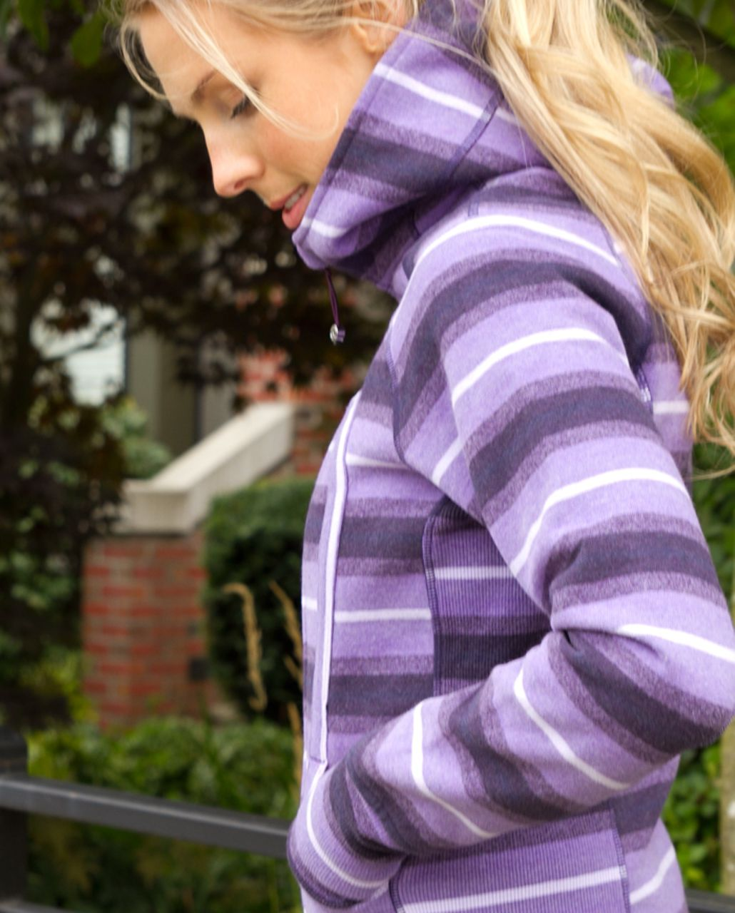 Lululemon Scuba Hoodie *Stripe - Purples Ombre Stripes