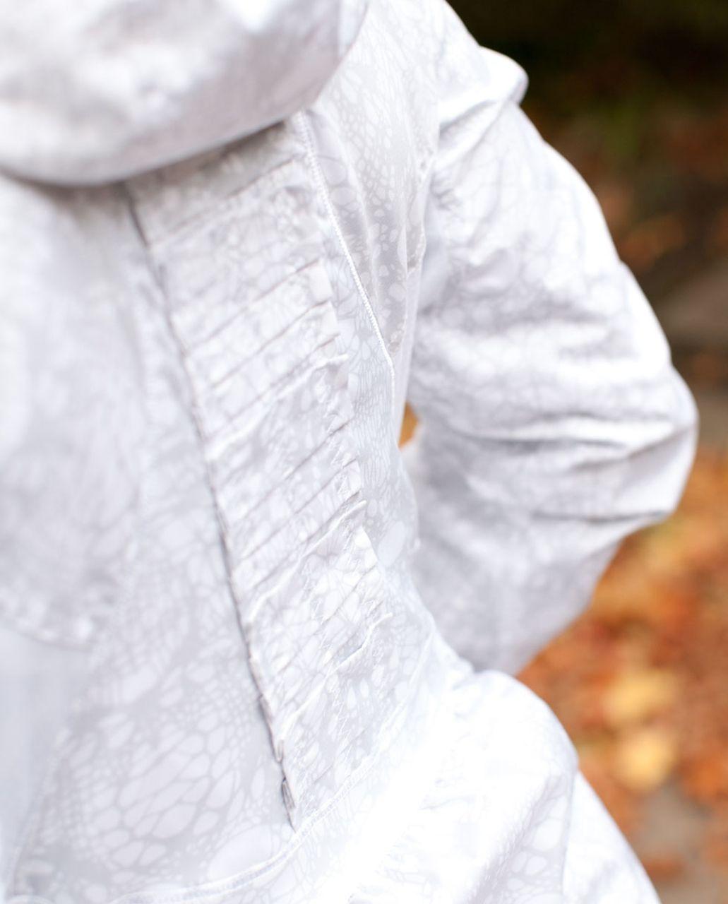 Lululemon Run:  Hustle Jacket *Print - White /  Reflective Glacier Lace