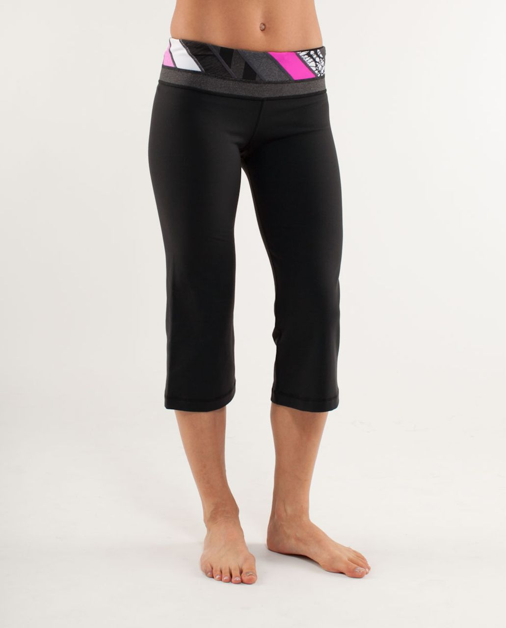 Lululemon Groove Crop - Black /  Quilting Winter 7 /  Quilting Winter 7