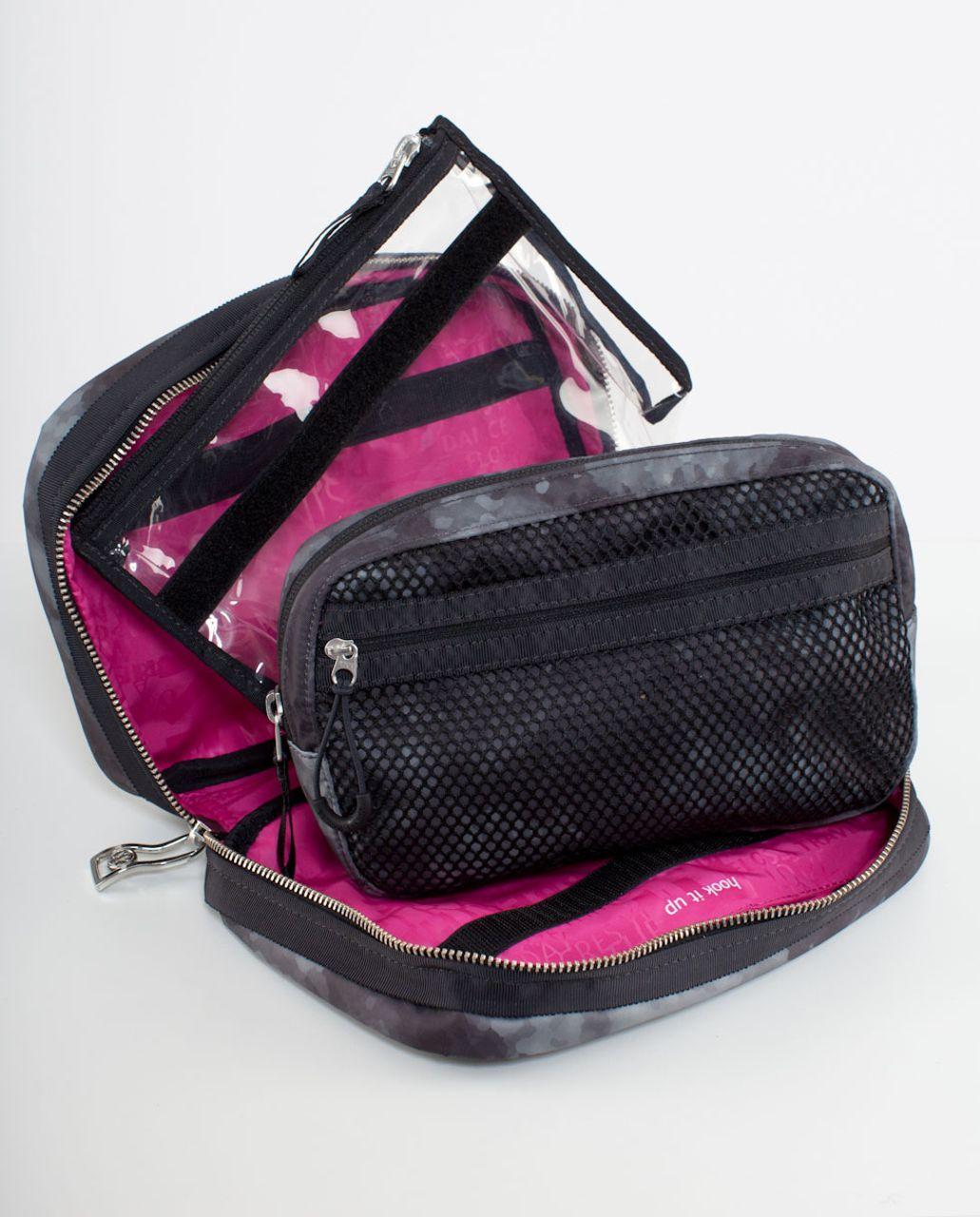 Lululemon Gym Essentials Kit - Deep Coal Creekside Camo