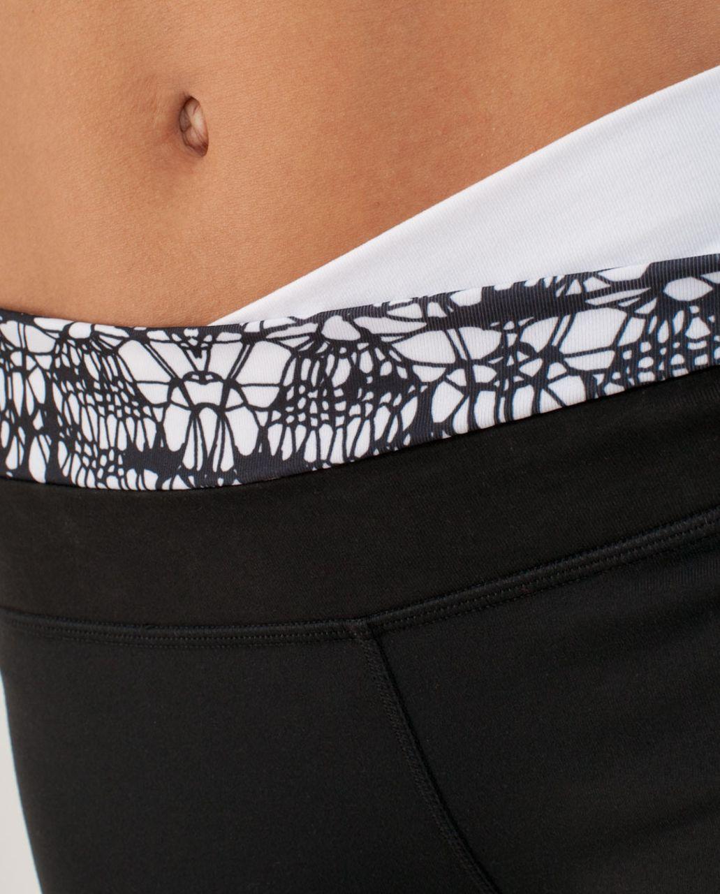 Lululemon Astro Pant (Regular) - Black /  Black Glacier Lace Embossed /  White Black Glacier Lace