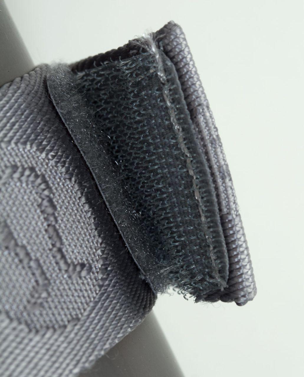Lululemon No-Brainer Mat Strap - Blurred Grey