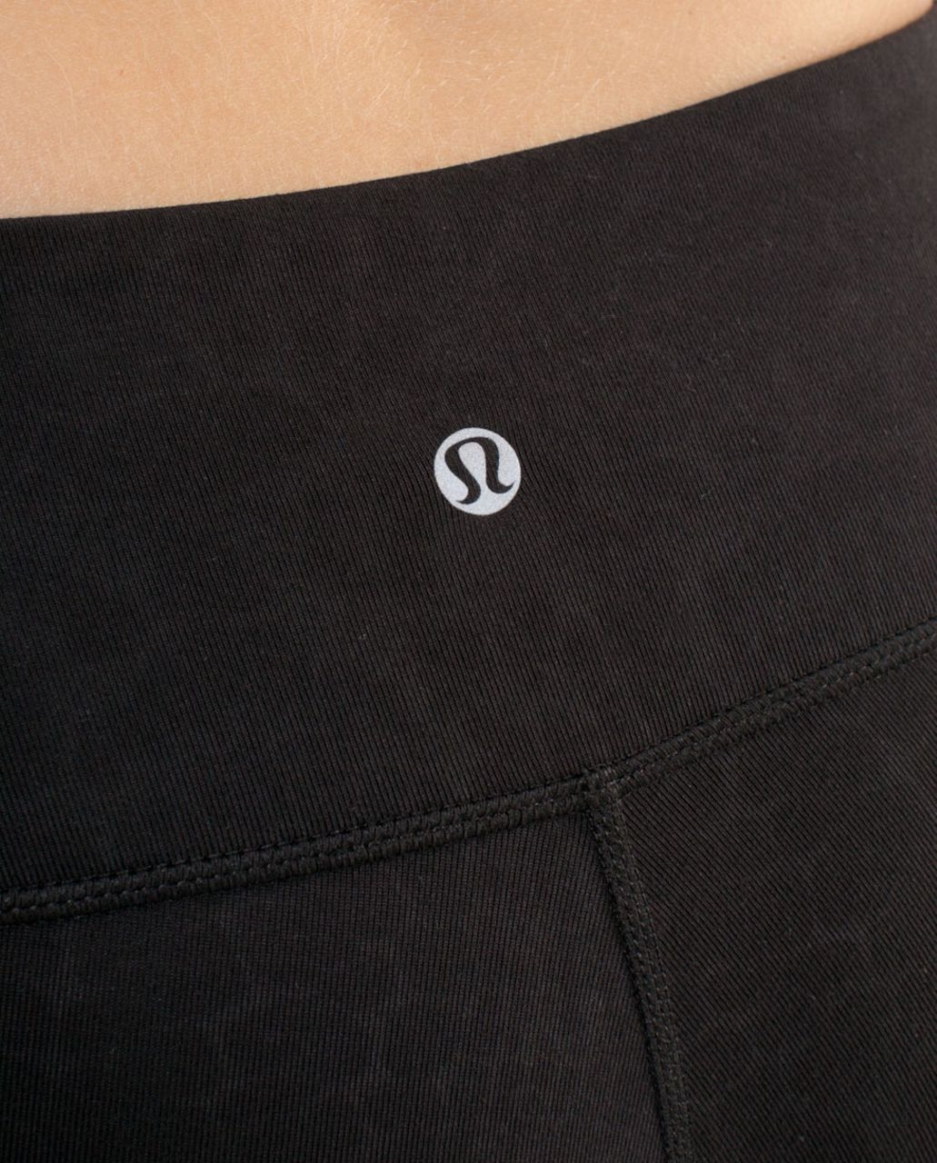 Lululemon Wunder Under Crop - Black Glacier Lace Embossed /  Black