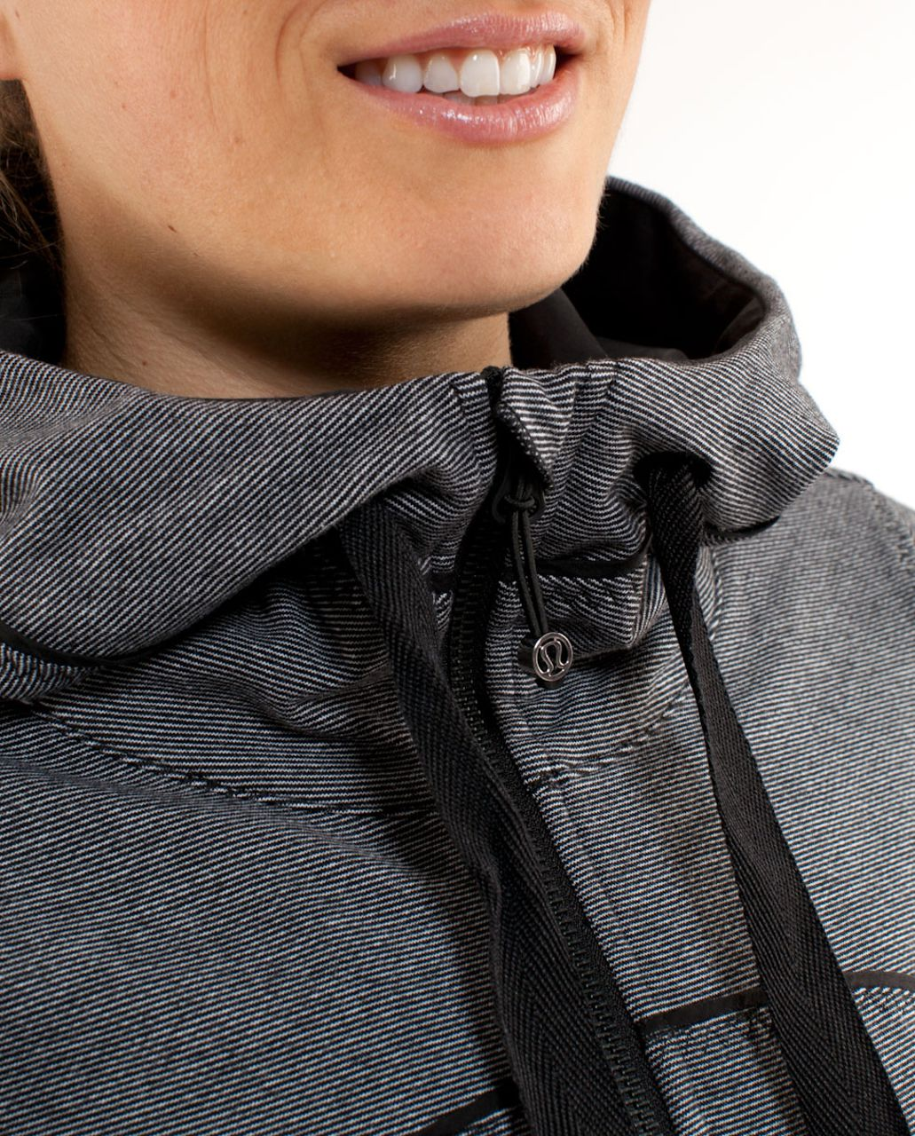 Lululemon Live Simply Jacket - White Black Mircostripe