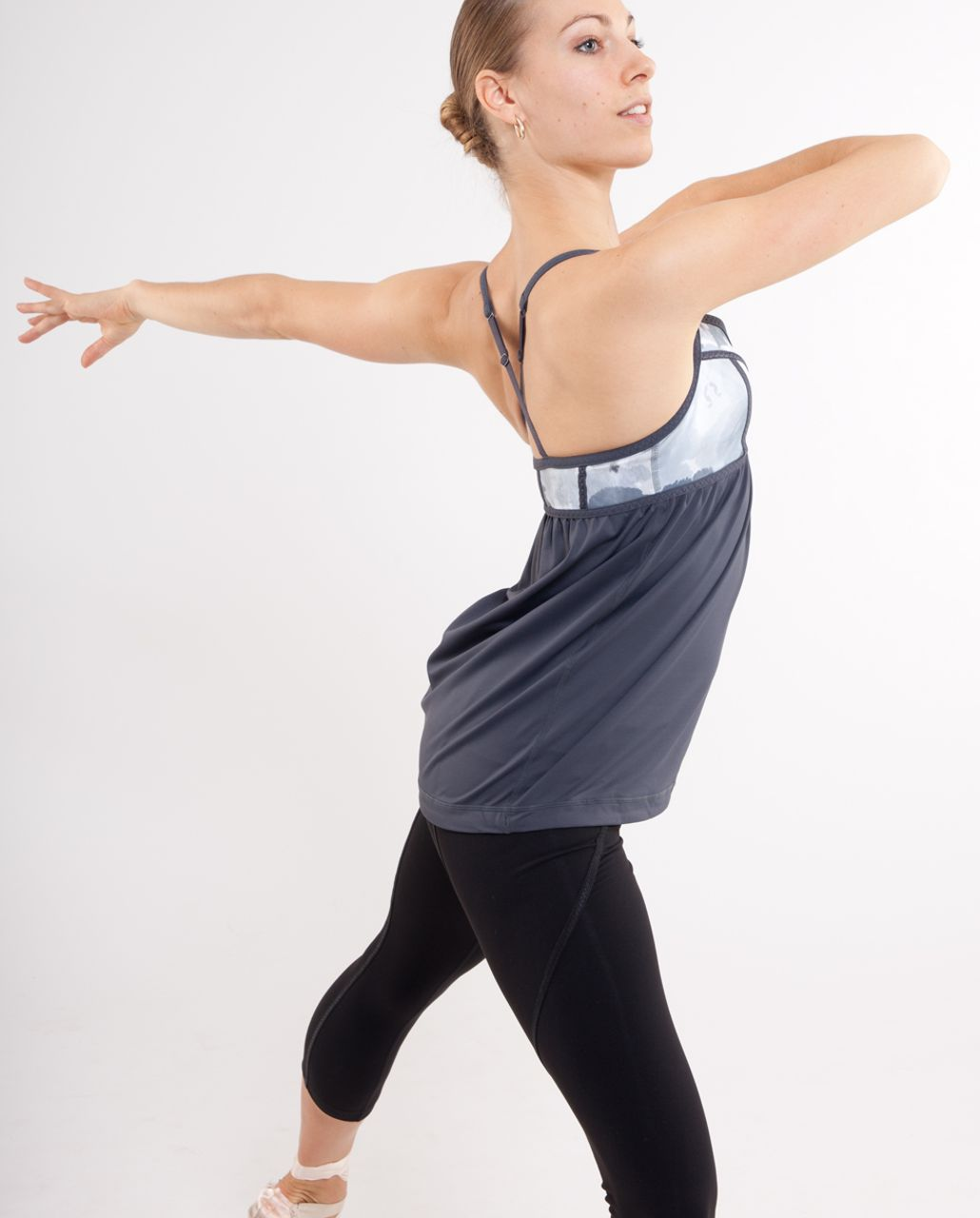 Lululemon Rehearsal Tank - Black /  White Coal Tinted Canvas Super