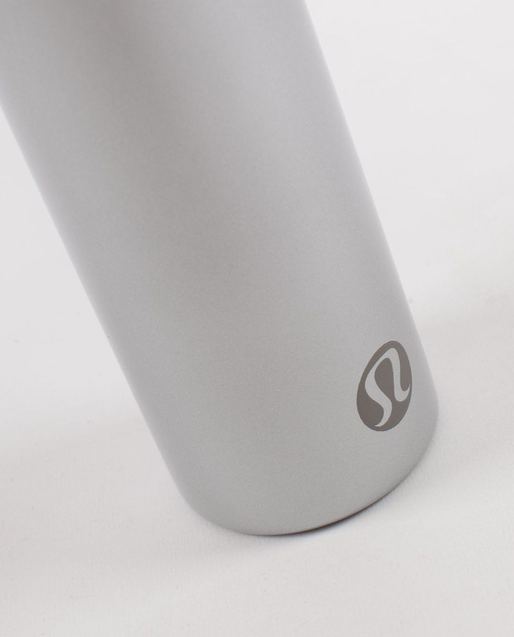 Lululemon Sigg Tea Traveller - Silver