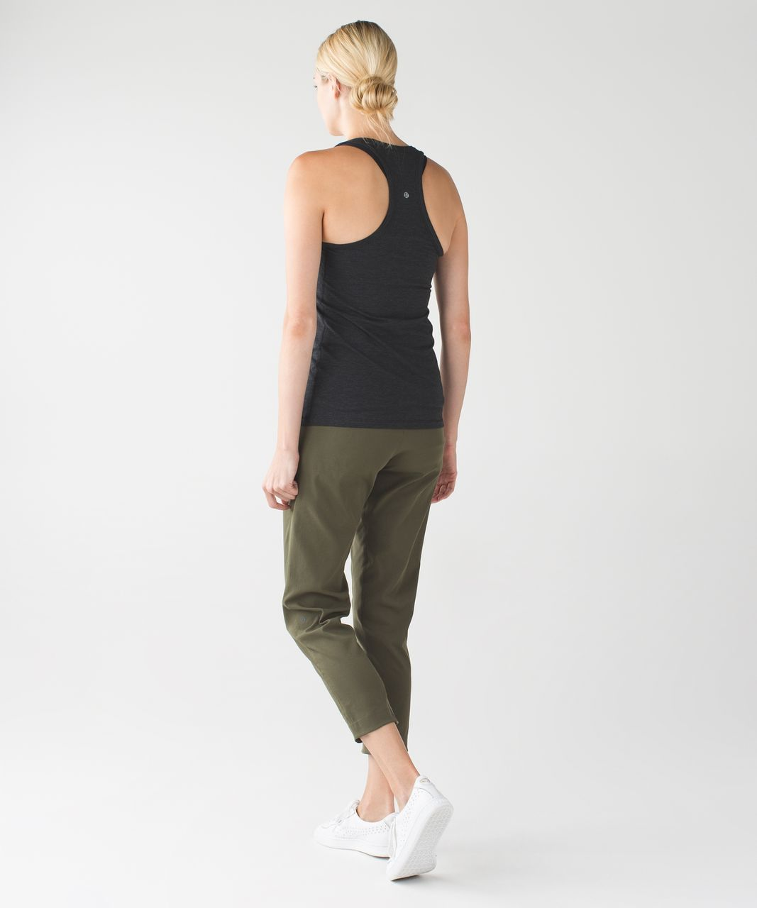 Lululemon &go City Trek Trouser - Fatigue Green