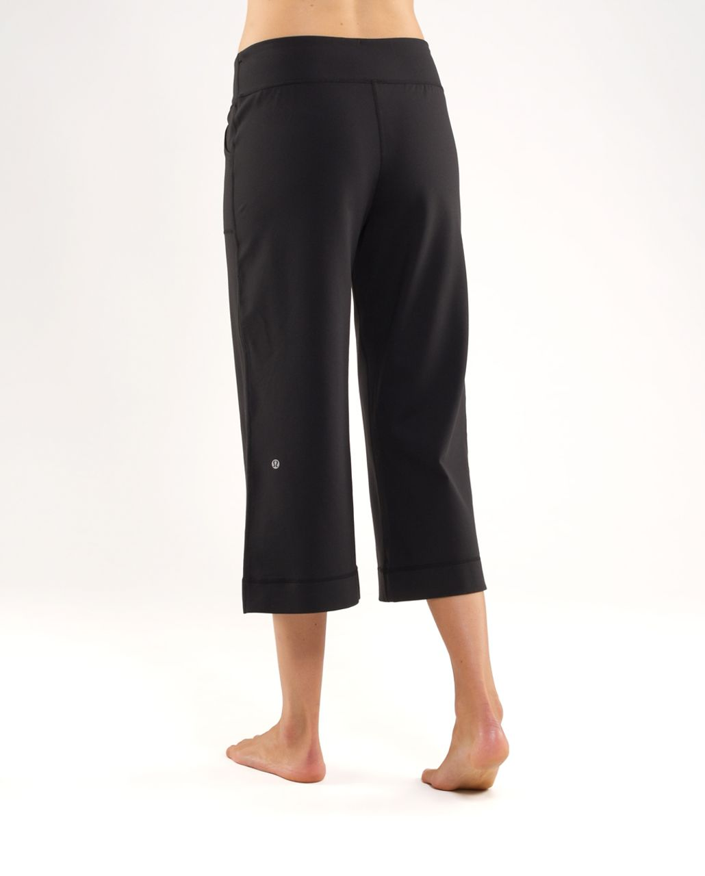 d2139dea94dc0 Lululemon Still Crop - Black - lulu fanatics