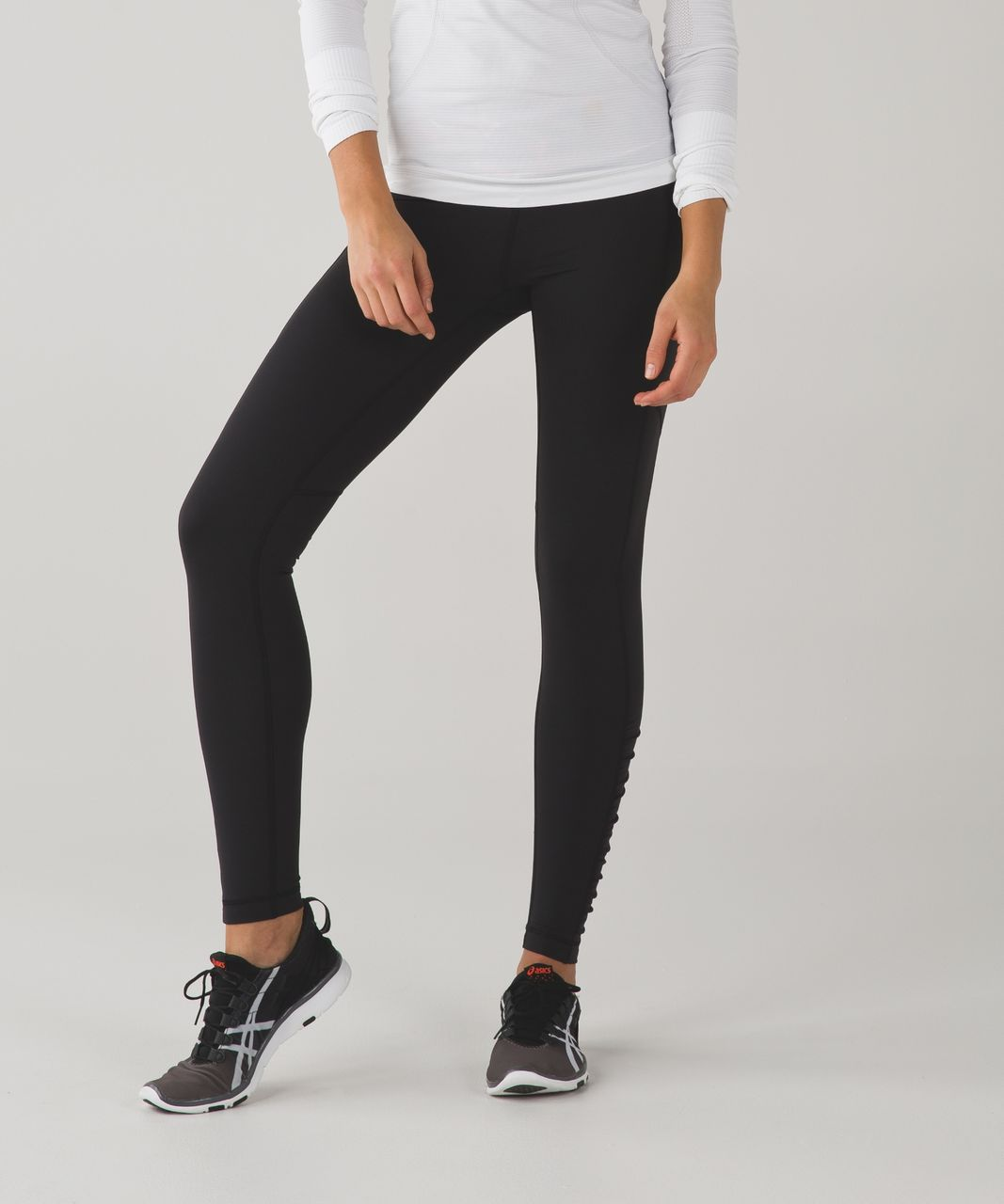 Lululemon Speed Tight IV - Black / Poppy Petals Berry Rumble Multi