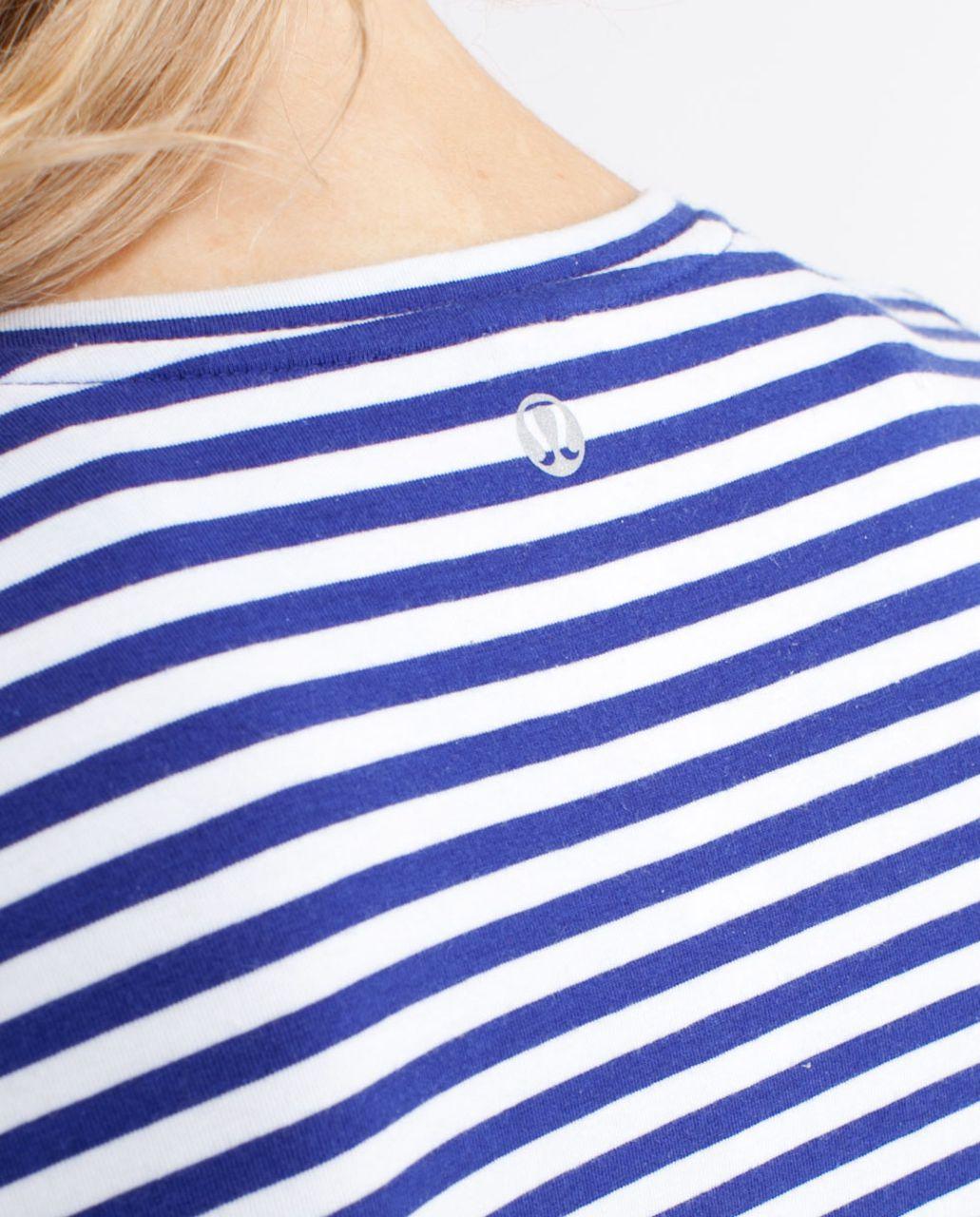 Lululemon Lively Crewneck Tee *Vitasea - Pigment Blue White Narrow Bold Stripe