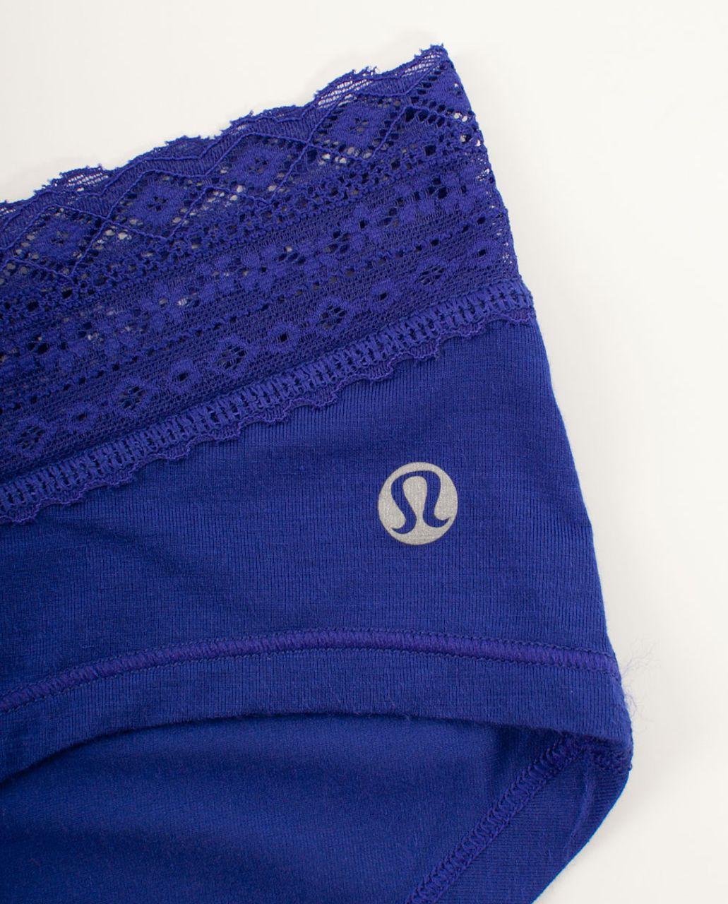 Lululemon Foxy Lulu Hotshort - Pigment Blue
