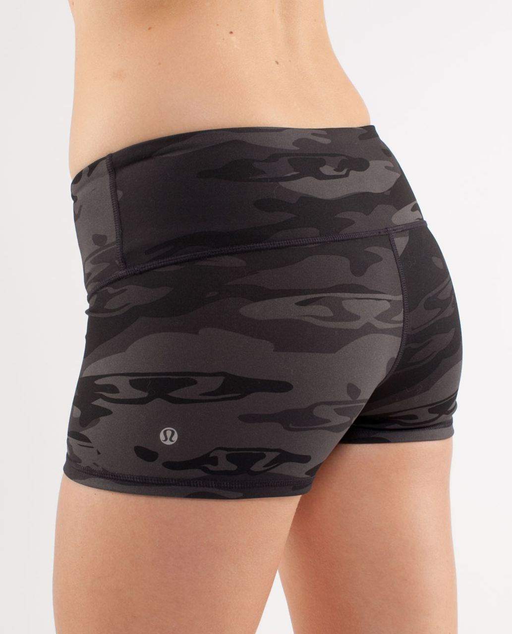 Lululemon Boogie Short - Black /  Retro Camo