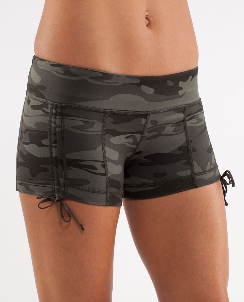 Lululemon Hot Hot Short - Wren /  Retro Camo