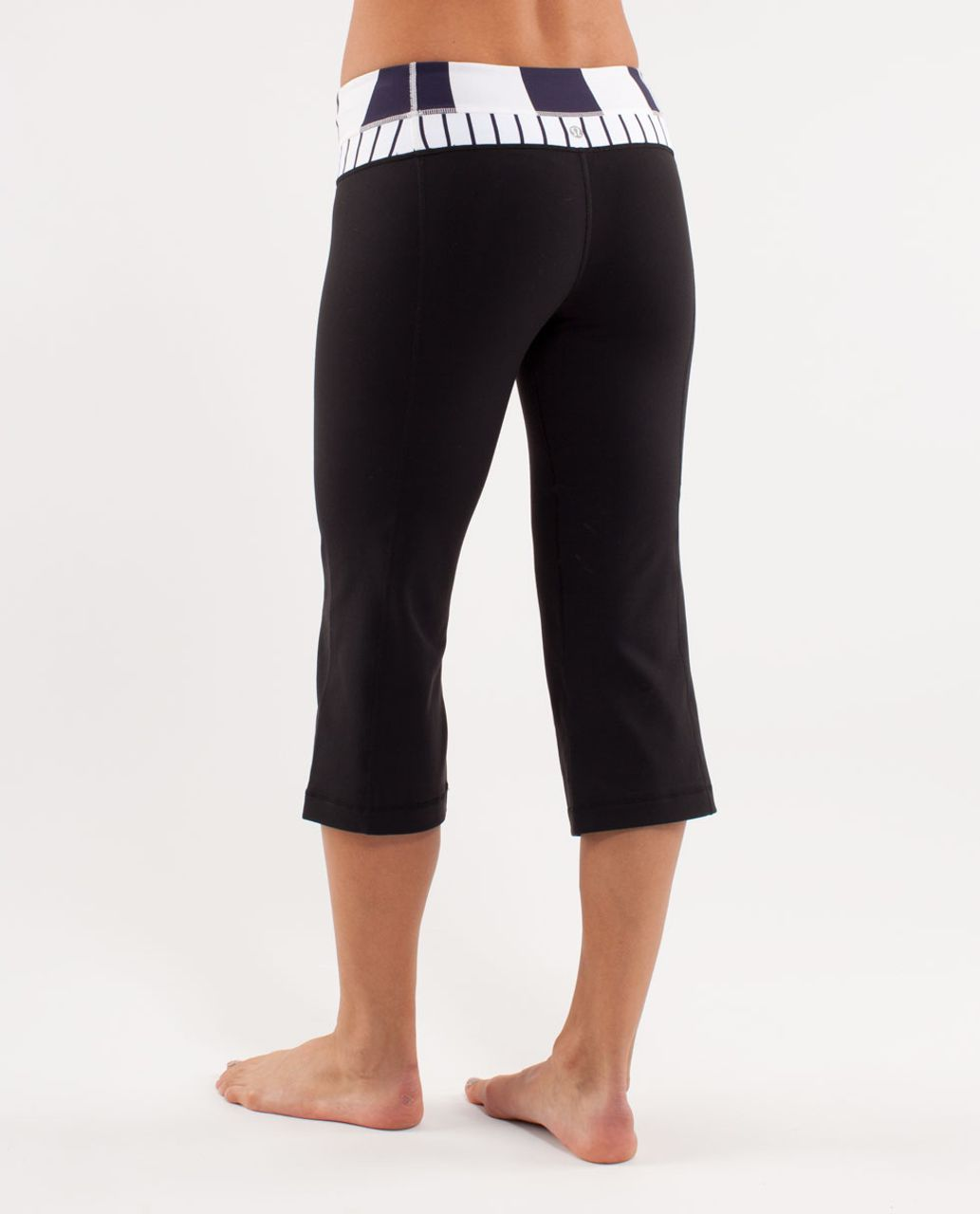 Lululemon Groove Crop - Black /  Wide Bold Stripe White Deep Indigo /  Quiet Stripe White Deep Indigo