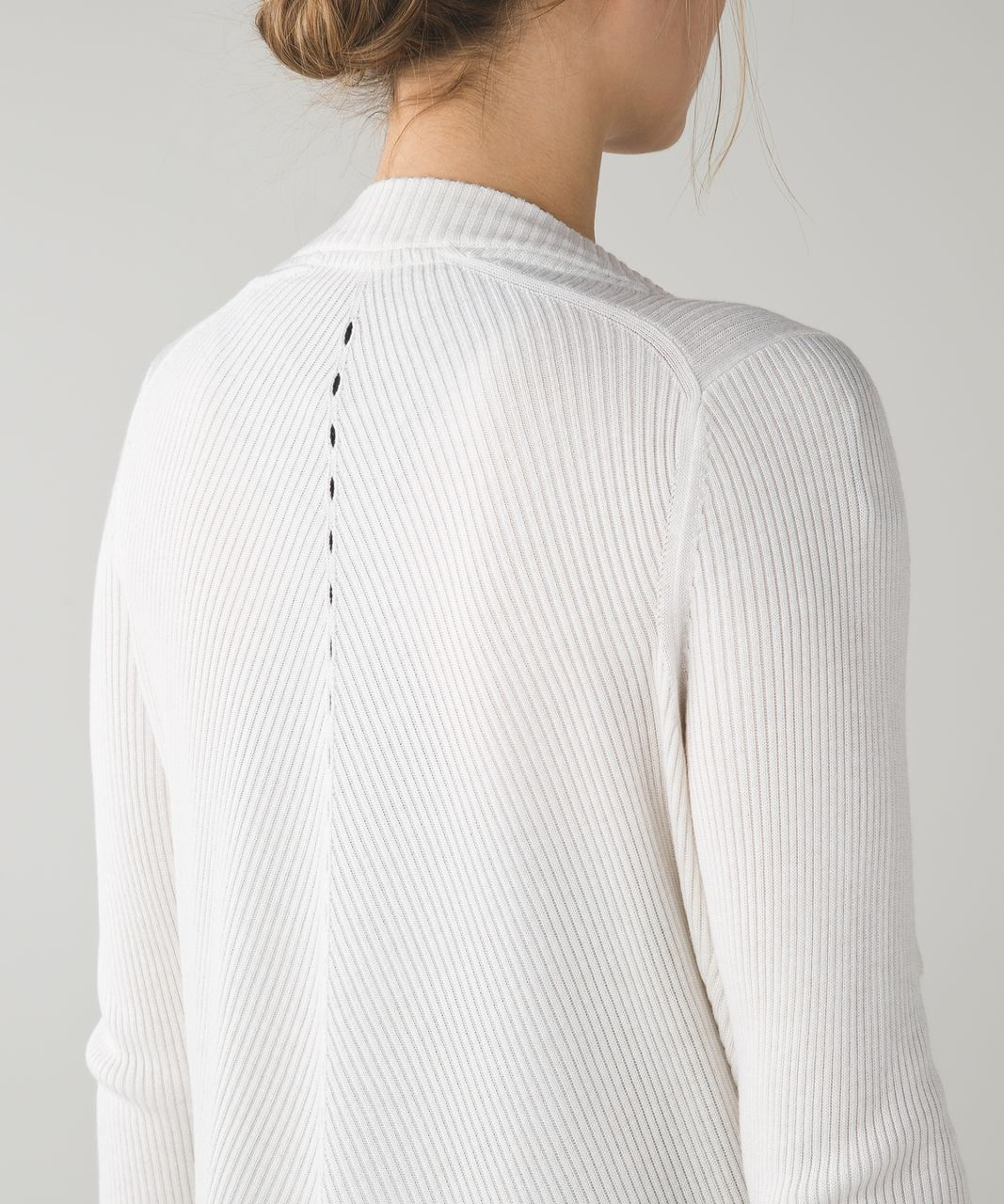 Lululemon Resolution Wrap - Heathered White