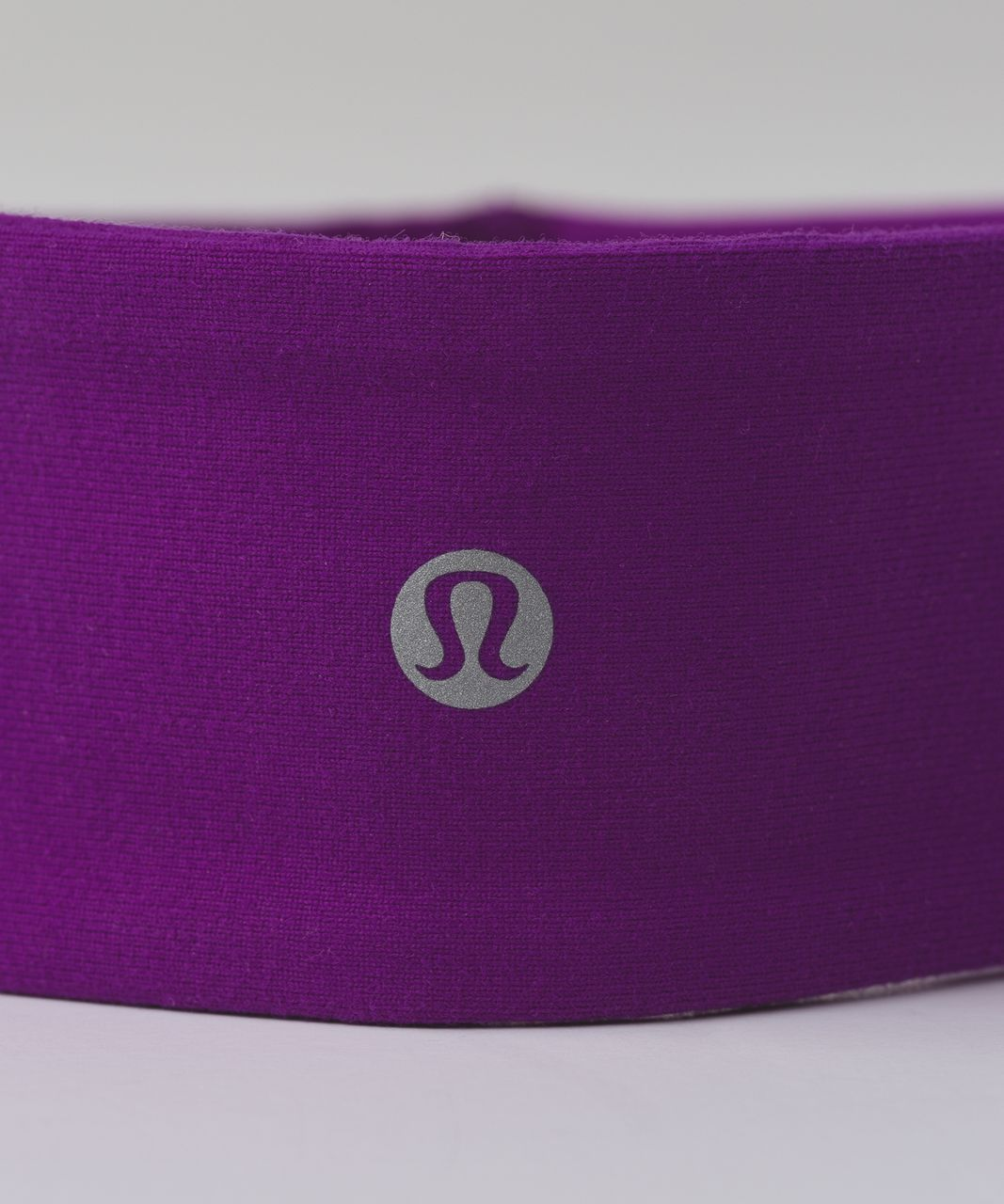 Lululemon Fly Away Tamer Headband 2.0 - Tender Violet