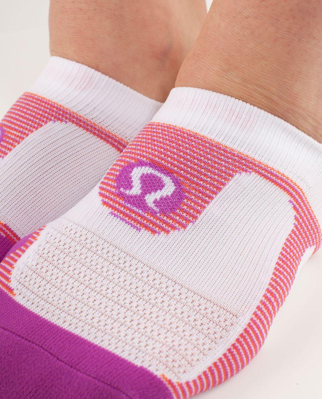 Lululemon Women's No Show Ultimate - Ultra Violet Dazziling Feeder Stripe /  Ultra Violet