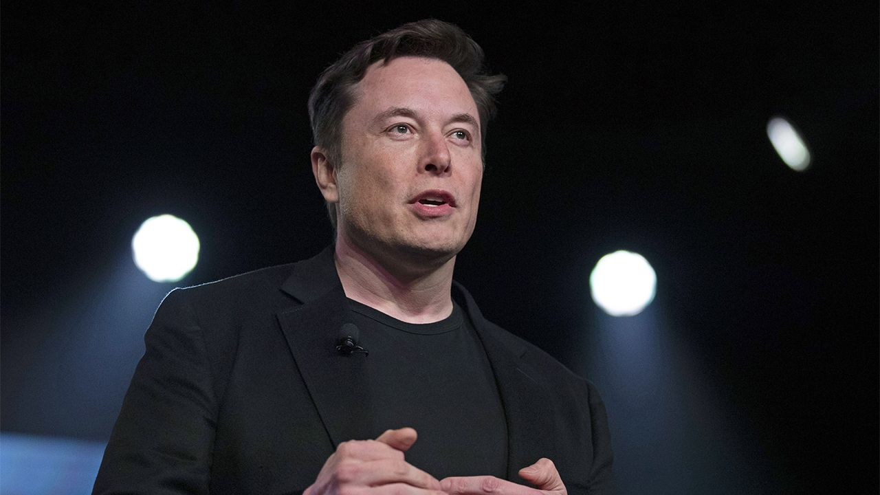 Elon Musk y la universidad
