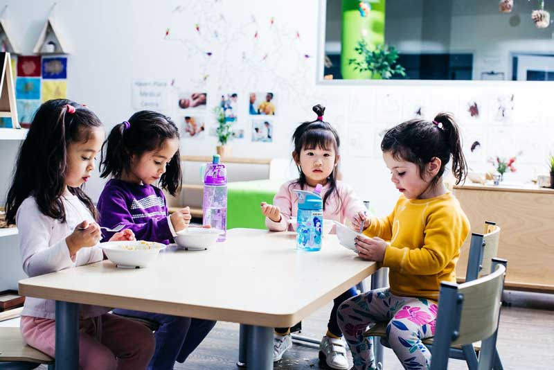 Children engage in positive mealtimes in childcare
