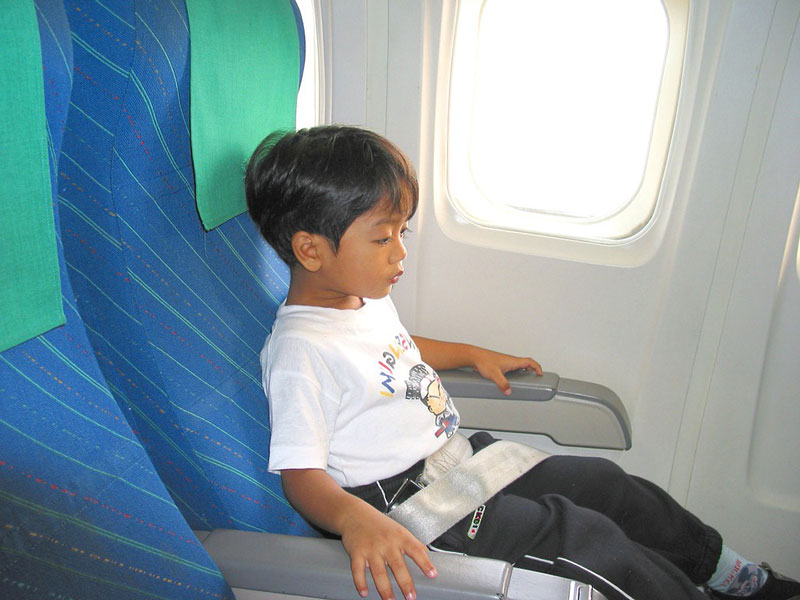 Travelling with children on a plane can be a fun and exciting adventure.