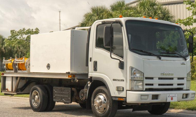 2011 Isuzu NPR-HD Spray and Pest Truck 5