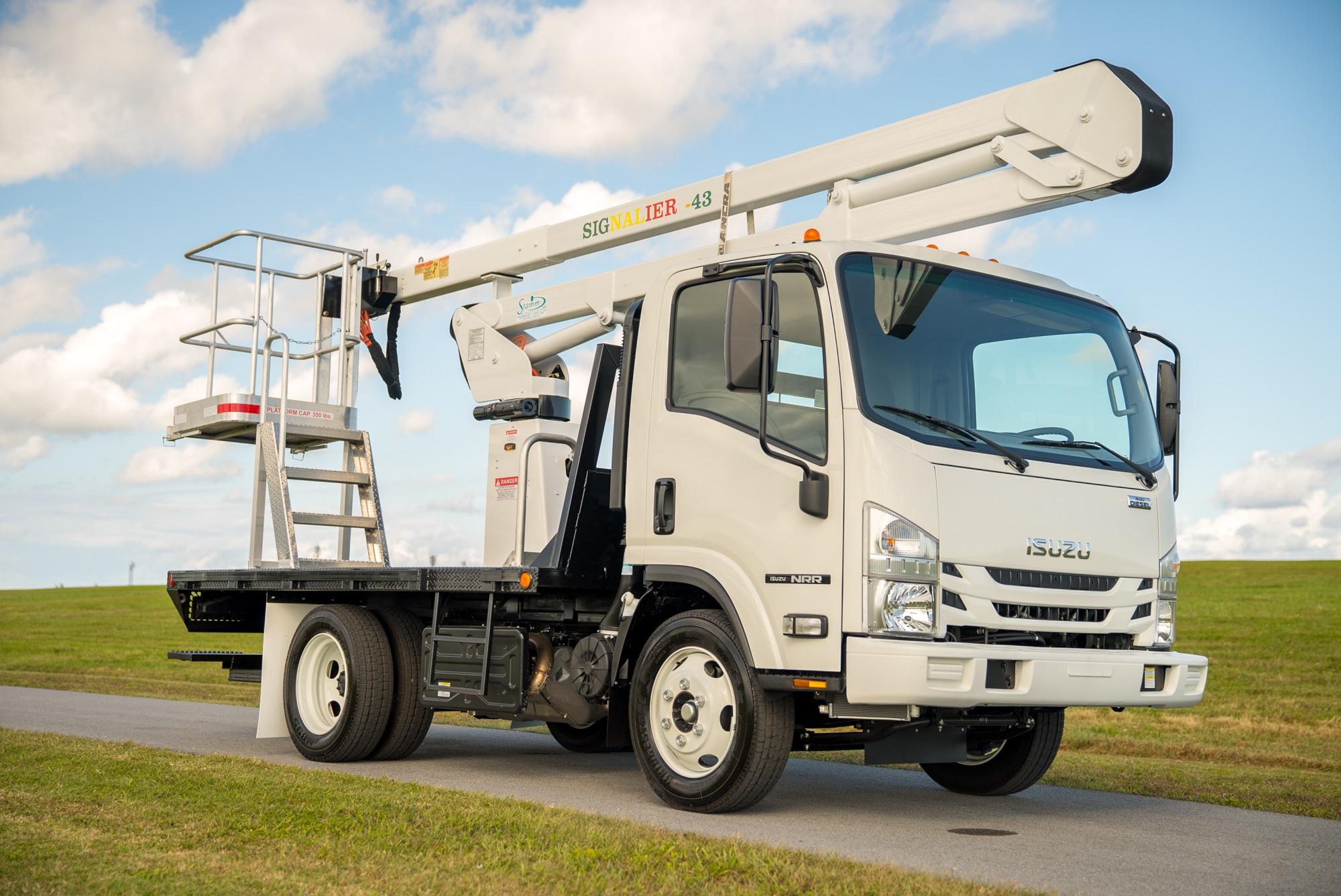 2019 Isuzu NRR Bucket Truck 6
