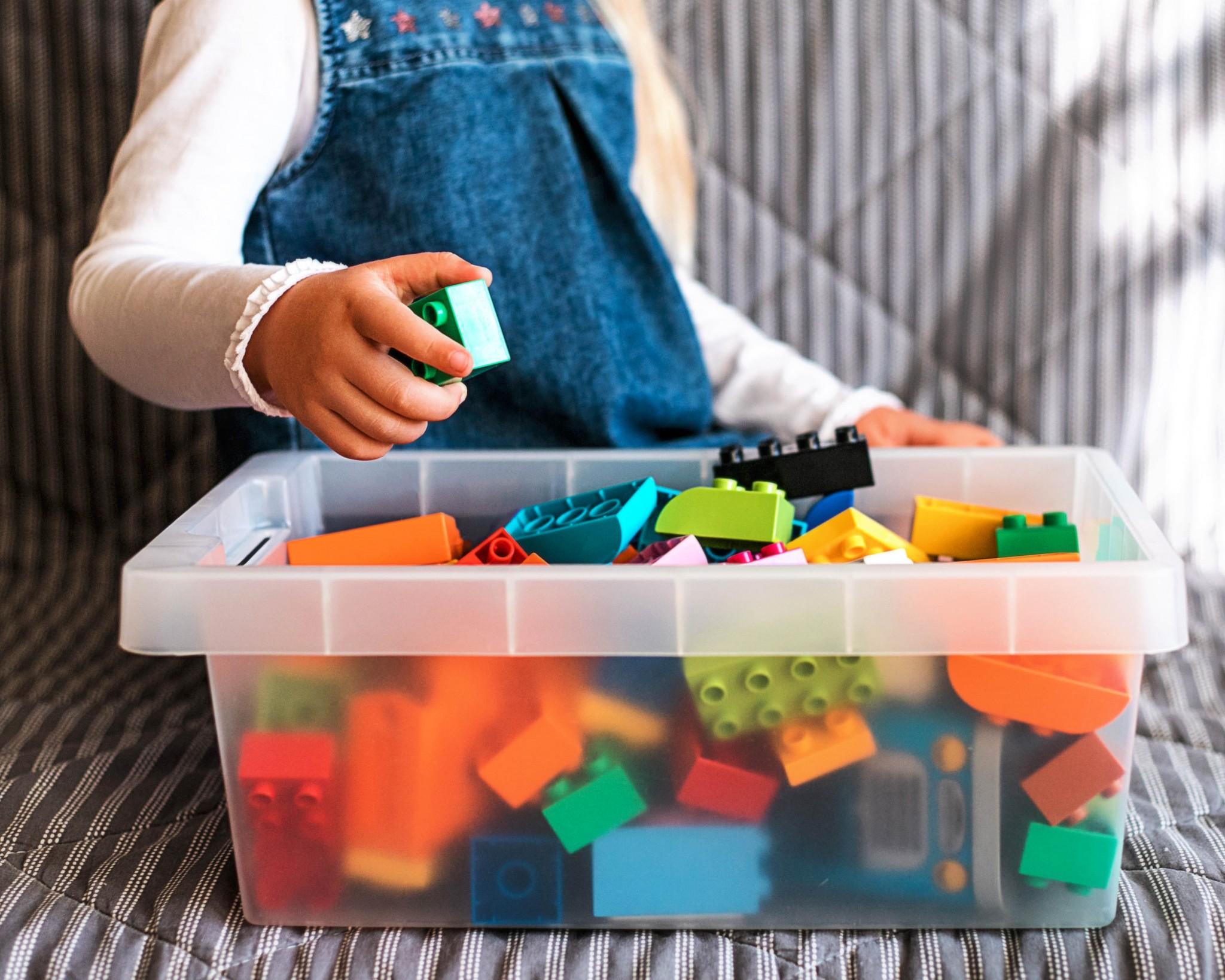 Aufräumen im Kinderzimmer – So lernen es Kinder