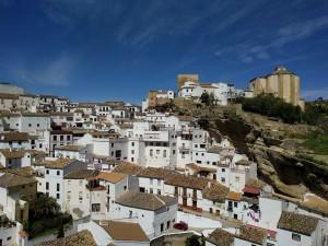 Typisch für Andalusien: Die malerischen weißen Dörfer (Foto: Pixabay)