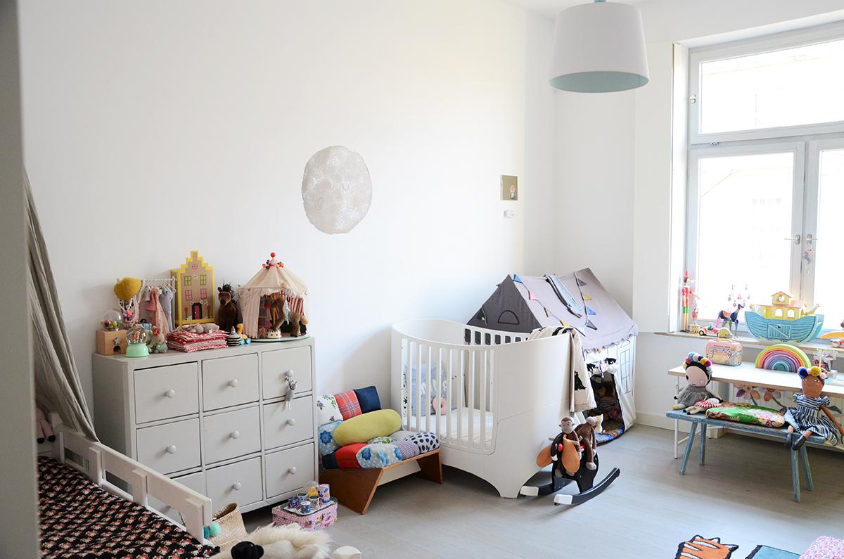 inspiration das kinderzimmer von lulu und minna. Black Bedroom Furniture Sets. Home Design Ideas
