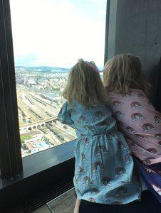 Ausblick auf Zuerich Zuerich City Guide Zuerich mit Kindern