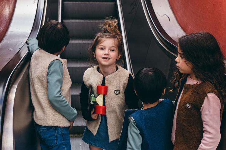 Lours Paris Unisex Kinderkleidung