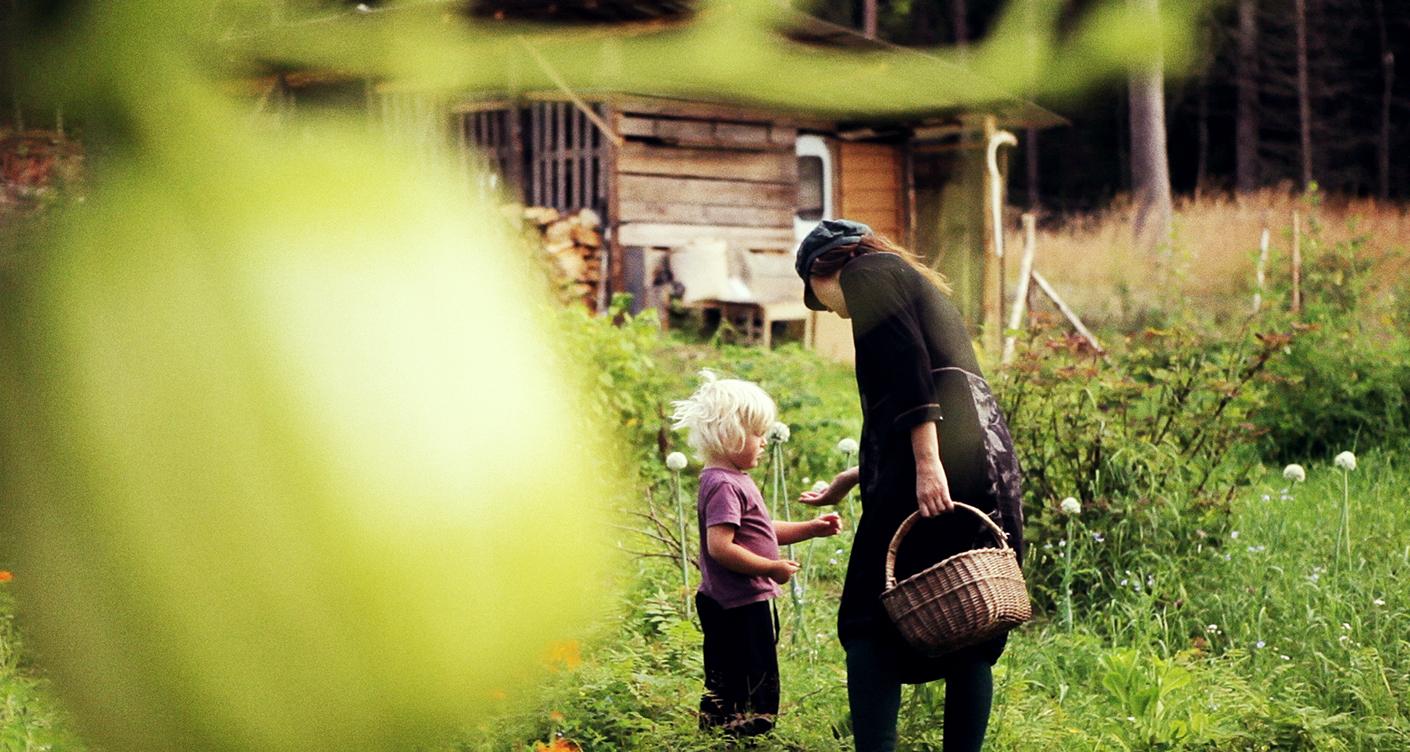 Minimalismus mit Kindern: Die Autorin Andrea Hejlskov lebt mit ihrer Familie im Wald