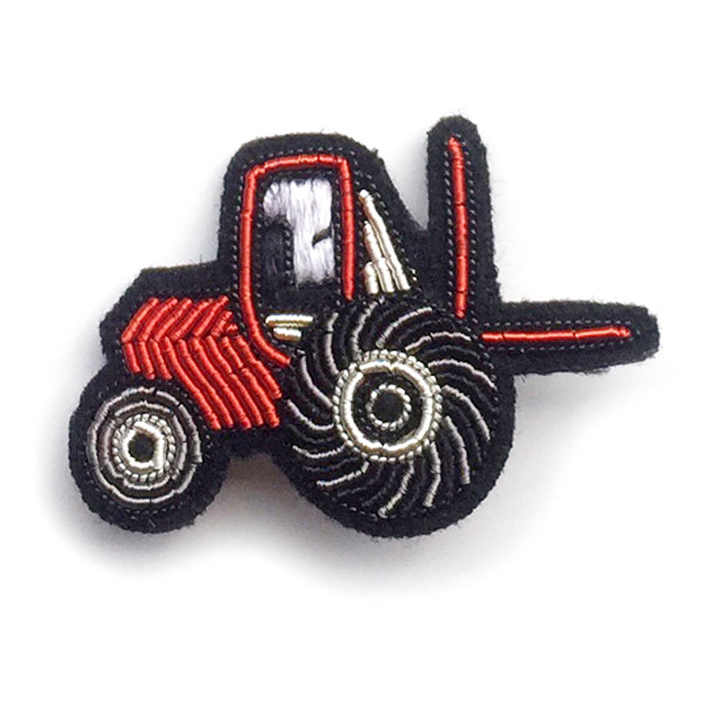 brosche-traktor-macon-et-lesquoy