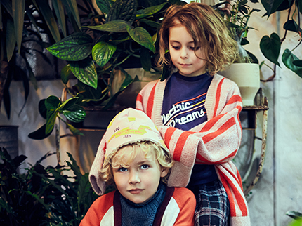 Warme Winterpullis für Kinder: 18 farbenfrohe Modelle