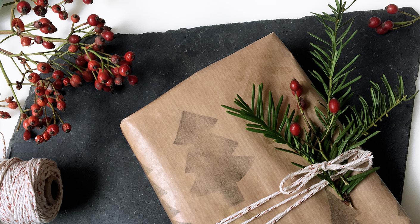 DIY Anleitung:  Geschenkpapier selber machen mit Stempeln