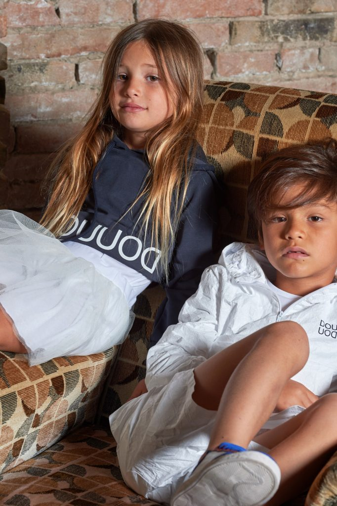 Kinder in DOUUOD Kampagne ss19