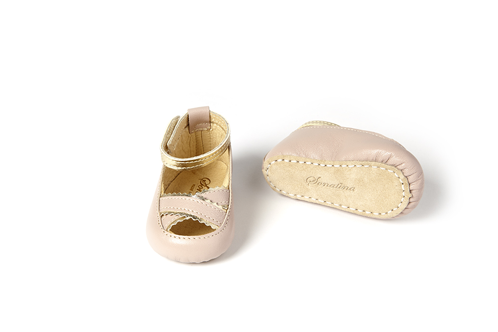 Schuhe von Sonatina ss19